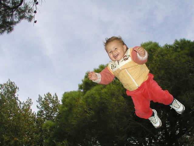 child-2-1481859-639x479