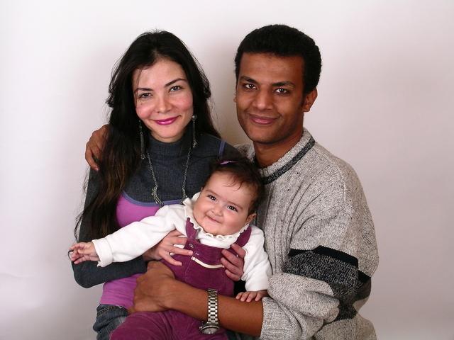 family-1623997-640x480